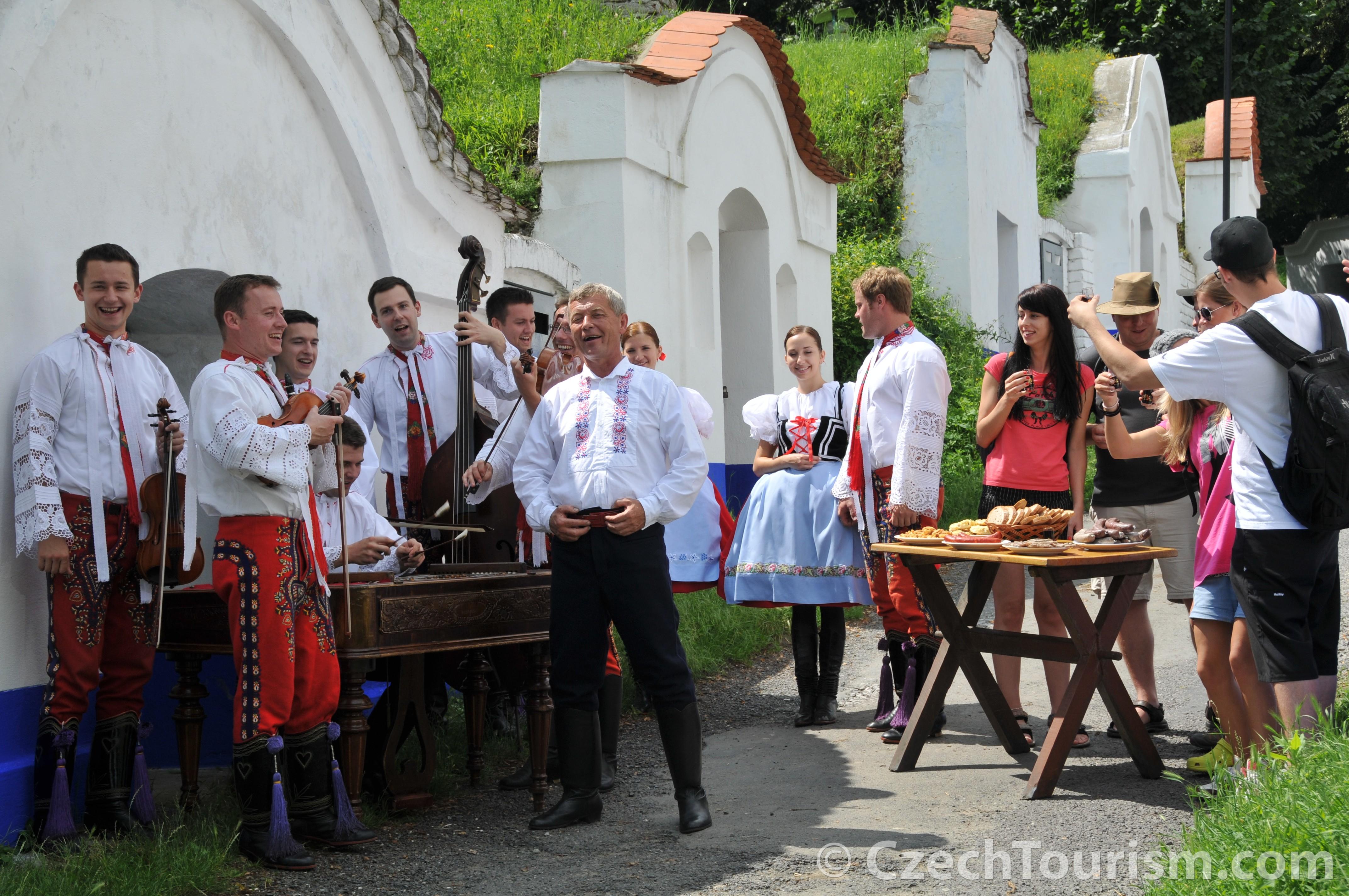 kudy_z_nudy_-_vinarska_turistika_2_4288x2848